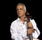 """Giovanni Sollima: """"Il mio violoncello a 360 gradi"""""""